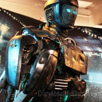 See Atom from Real Steel Come to Life @RealSteelMovie