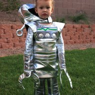 Suit Up for Those Spooky Halloween Knights | Chasing Fireflies Costume @chasenfireflies