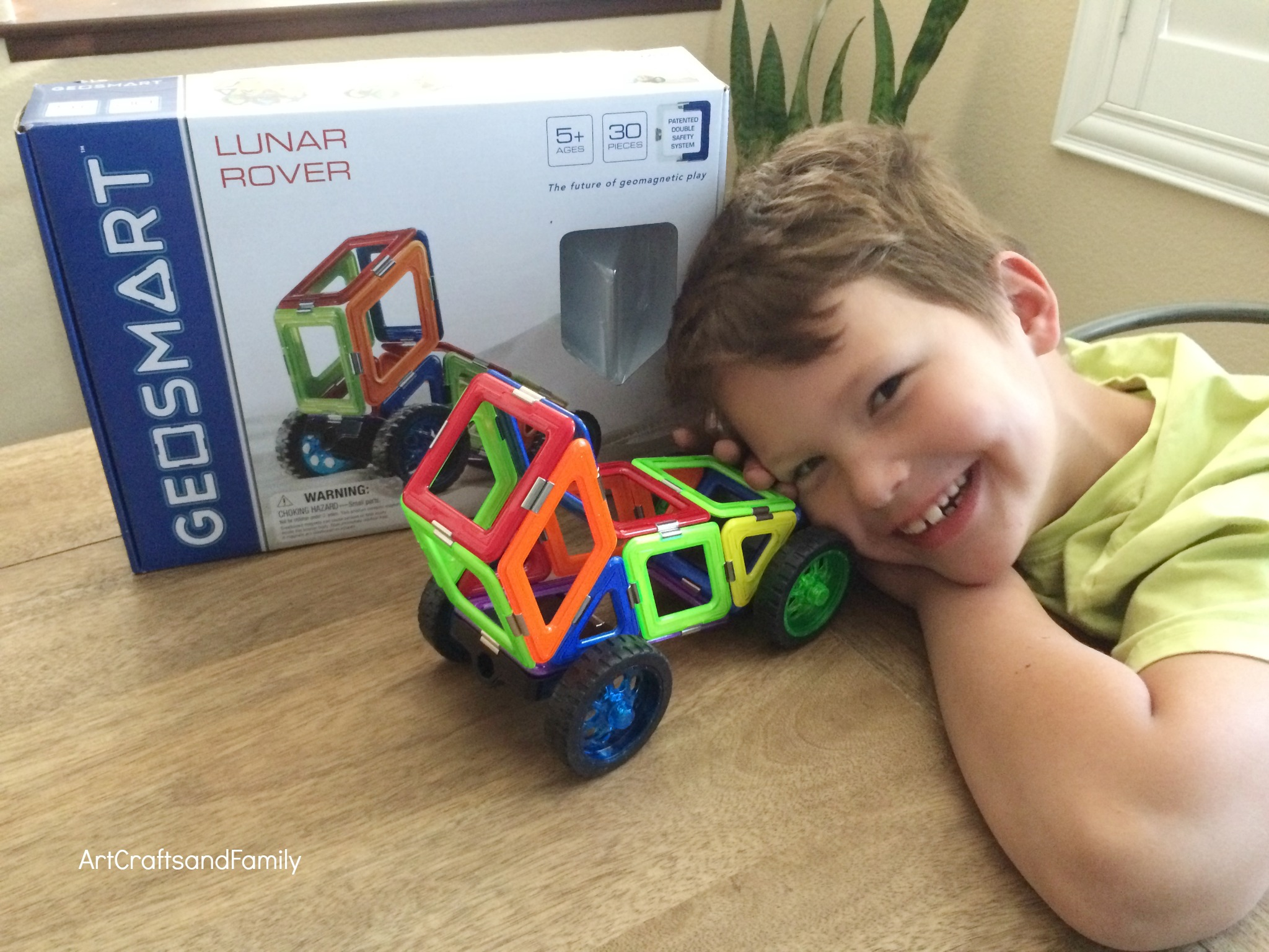 Geosmart Magnetic Construction Sets are a Holiday Hit