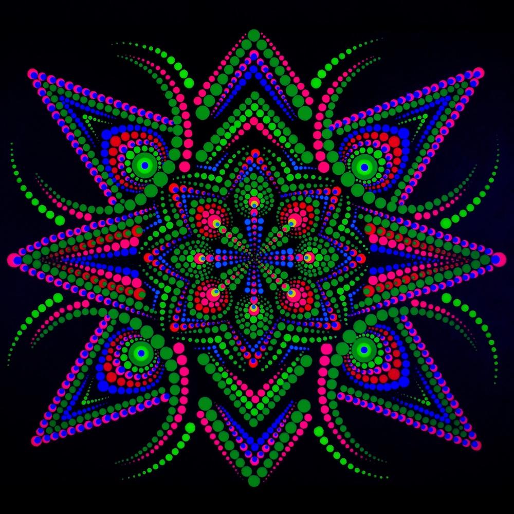 Organic Portal UV Dot Painting