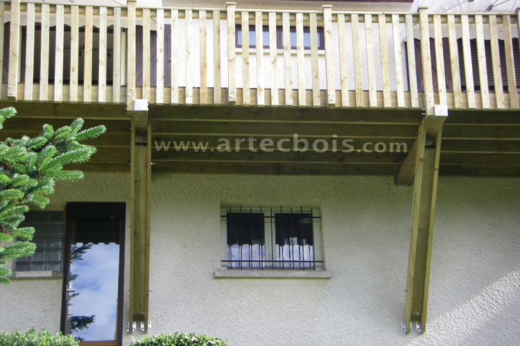 Artecbois Balcons En Bois Et Terrasses Suspendues Et Balcons En Bois En Hauteur Nice Cote D Azur Bois Massifs Bois Composites Gardes Corps Rambardes Escaliers