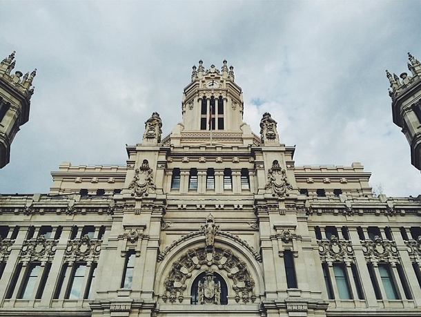 nacho-carretero-instagram-the-heart-of-madrid-made-of-stone