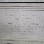 Nei pressi della tomba di Dante
