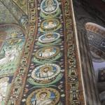 Basilica di San Vitale - mosaici degli apostoli