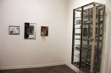 Damien Hirst – Fear 1994 – glass steanless, steel and surgical instruments – White Cube gallery