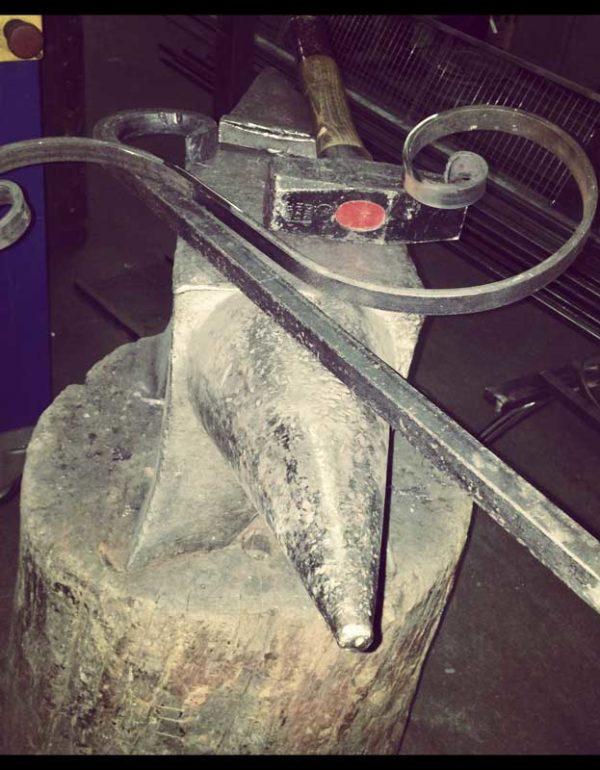arteferro-andria-lavorazioni-ferro-battuto-alluminio