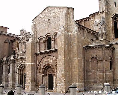 Real Colegiata de San Isidoro de León: cabecera, transepto y puertas