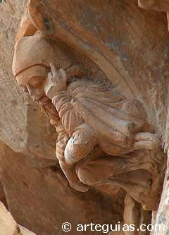 "Canecillo de ""El pensador"" de la iglesia de Butrera"