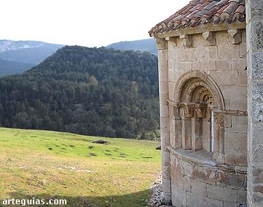 Desde San Pantaleón de Losa se otea un soberbio paisaje de Las Merindades de Burgos