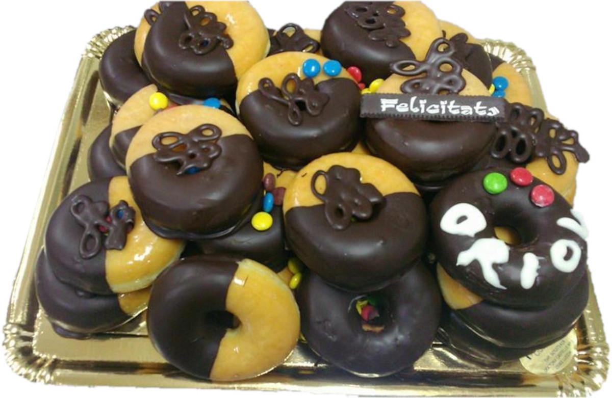 Bandeja de Donuts para cumpleaños