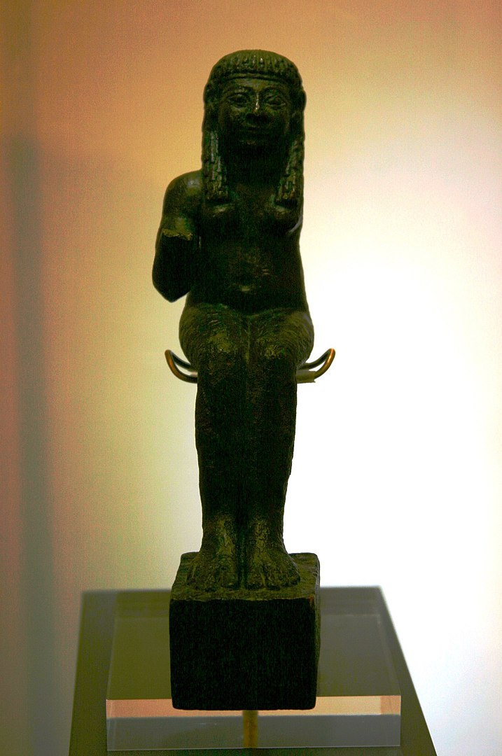 Deusa Astarte, Ishtar na trad. fenícia e hebraica, relacionada à fertilidade, à vida cíclica.