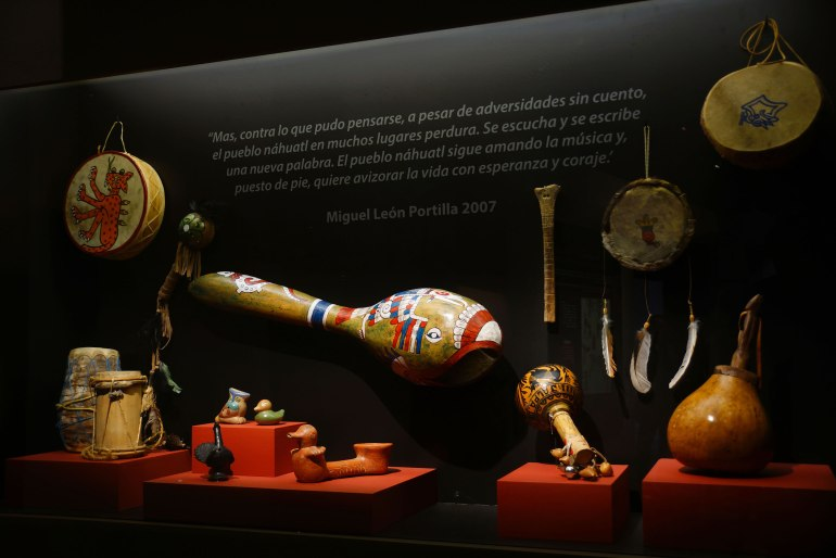 Instrumentos músicales. Nahuas. Foto Manuel Curiel INAH