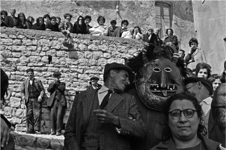 Pascua en Prizzi, 1963. Giclée sobre papel baritado