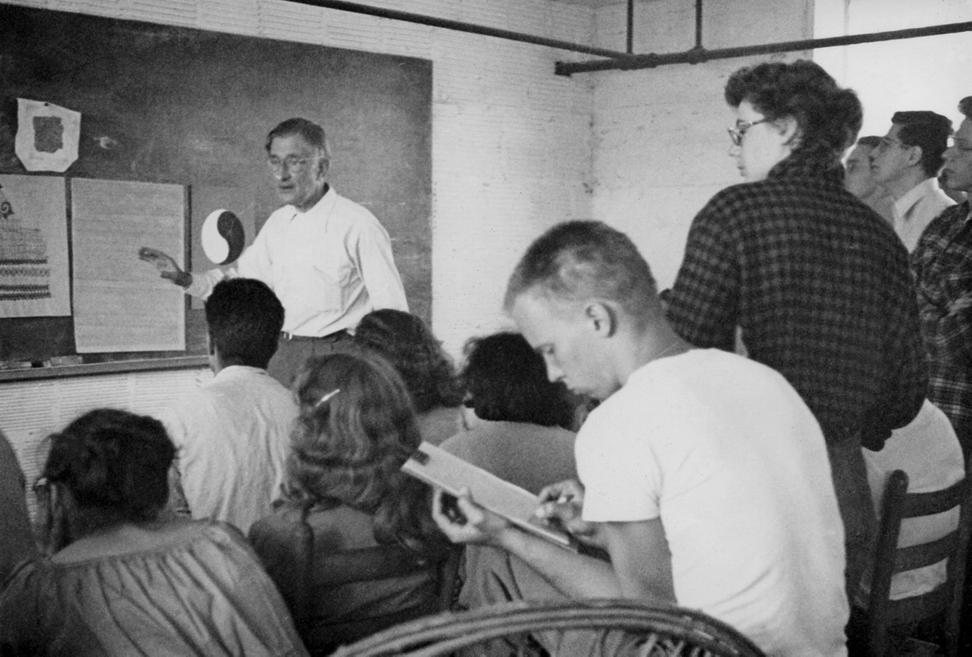 "Hazel Larsen Archer, ""Josef Albers Teaching at BMC, with Ray Johnson in the Foreground,"" ca. late 1940s Courtesy of the Estate of Hazel Larsen Archer and the Black Mountain College Museum + Arts Center"