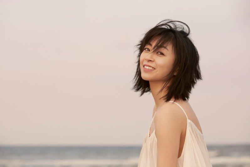 Sampul Album Terbaru Hatsukoi Dari Utada Hikaru Telah Ditampilkan