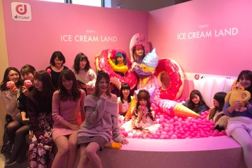 Kemeriahan Acara Fotogenik TOKYO ICE CREAM LAND