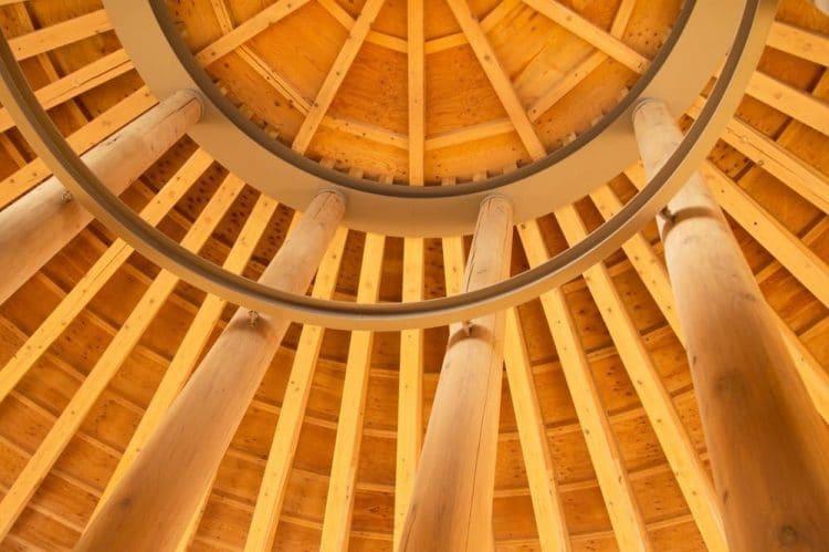 Menghabiskan Waktu Di Perpustakaan Colosseum Nakajima Sambil Membaca Dan Belajar 3