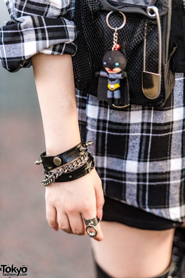 Trio Harajuku Girl Tampil Dengan Mode Edgy Street Style Fashion Jepang 8