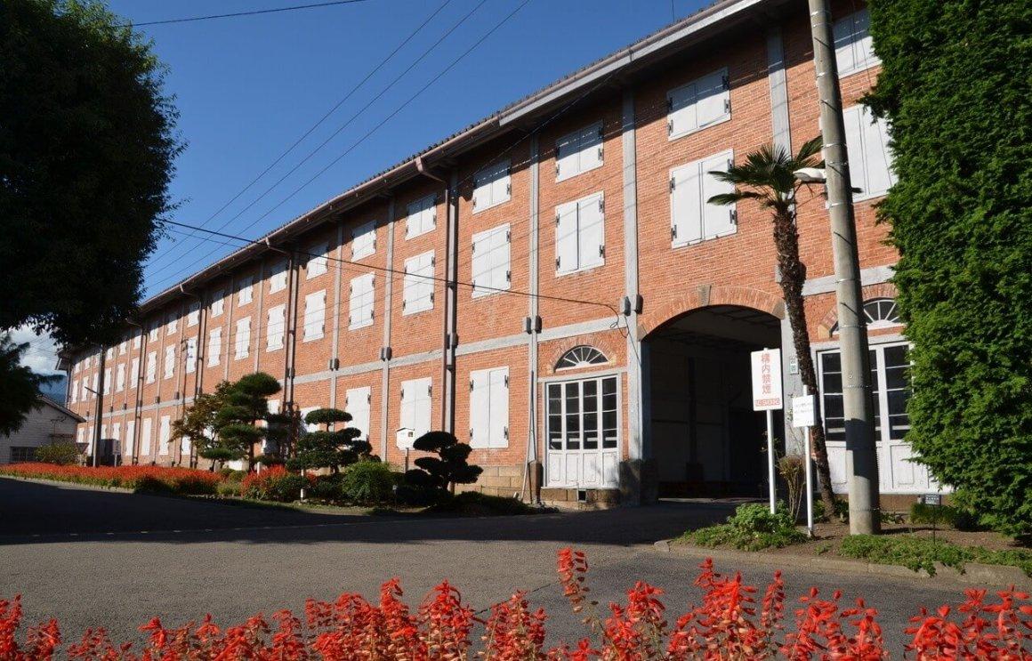 Bosan Destinasi Wisata Jepang Yang Itu-Itu Aja ? Kunjungi Pabrik Sutra Tua Di Kota Tomioka !