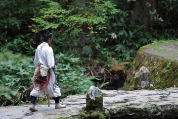 Yamabushi, Sosok Pertapa Gunung Yang Kini Terkenal Dalam Dunia Wisata Jepang !