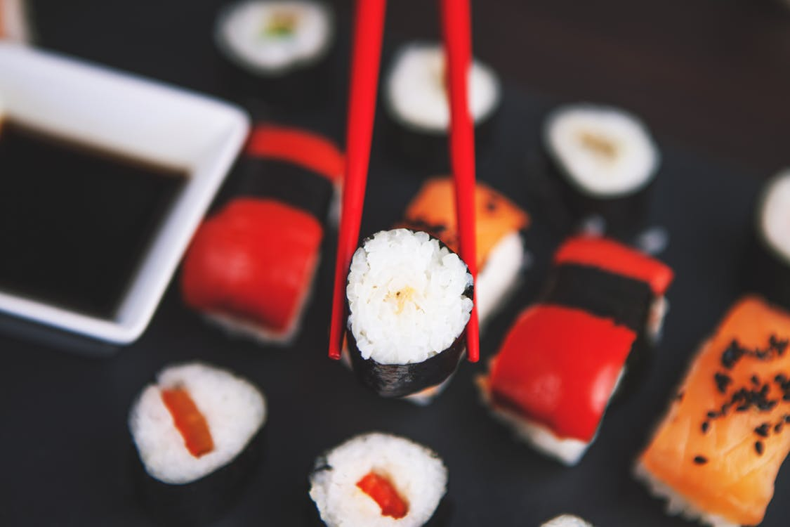 Sushi 10 Makanan Atau Kuliner Jepang Ini Paling Populer Di Indonesia ! Kalo Kesukaanmu Yang Mana ?