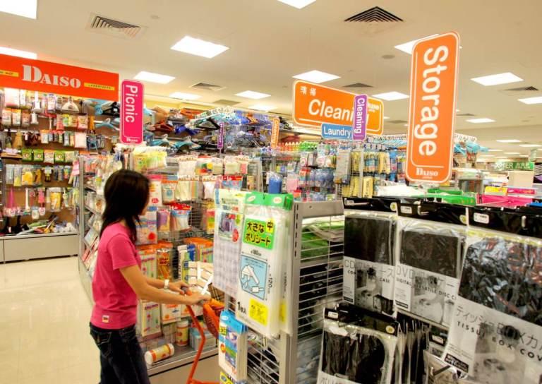 Rekomendasi Barang Terbaik Dalam Berbelanja Di Toko 100 Yen DAISO Jepang