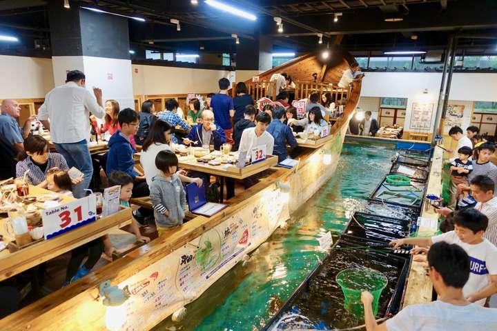 Liburan Ke Jepang Wajib Kunjungi 5 Restoran Aneh Dan Unik Ini 2