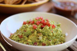 chili garlic guacamole
