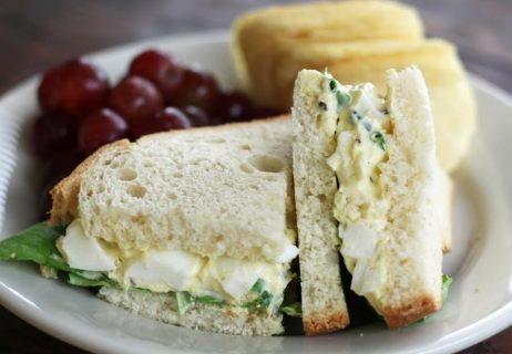 Classic Egg Salad Lunch