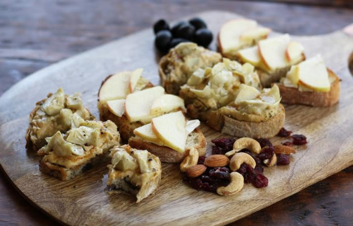 Hummus Artichoke Bruschetta Board with Apple Brie and Honey Bruschetta | www.artfuldishes.com