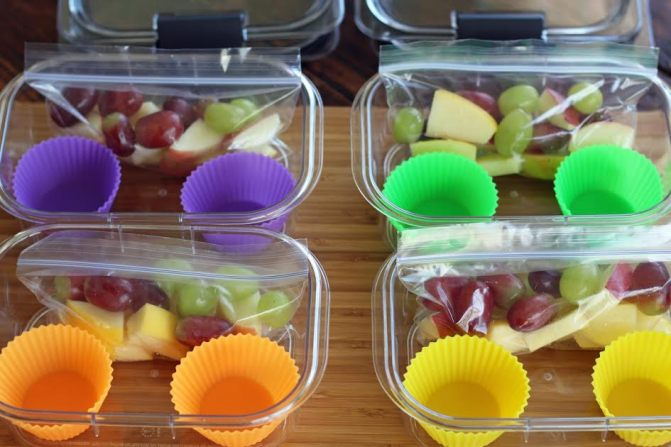 Bags of Fruit for Protein Box Lunches | artfuldishes.com