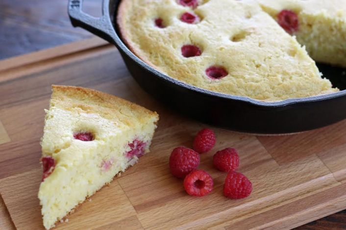 A Wedge of Cast Iron Raspberry Cornmeal Cake | www.artfuldishes.com