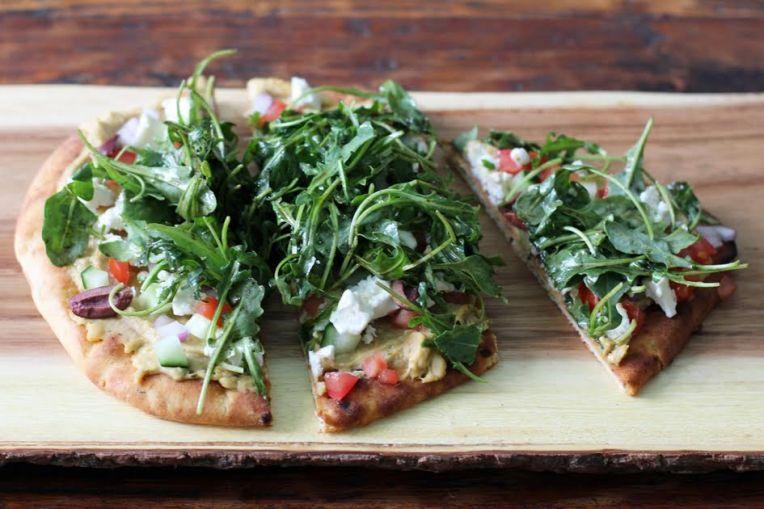 Delicious Greek Salad Naan Pizzas   ww.artfuldishes.com