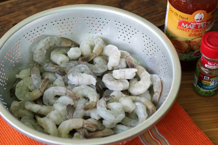 Thawed Shrimp for the Sweet Chili Glazed Grilled Shrimp Skewers | www.artfuldishes.com