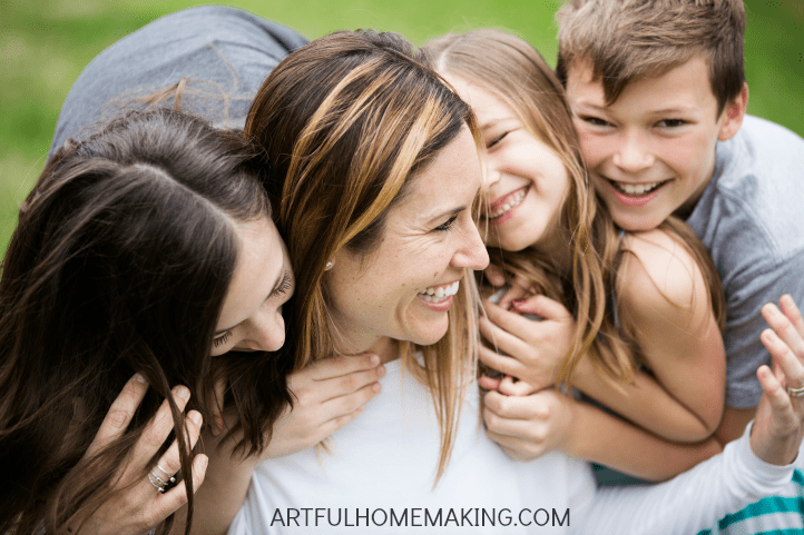7 ways to be a happier mom