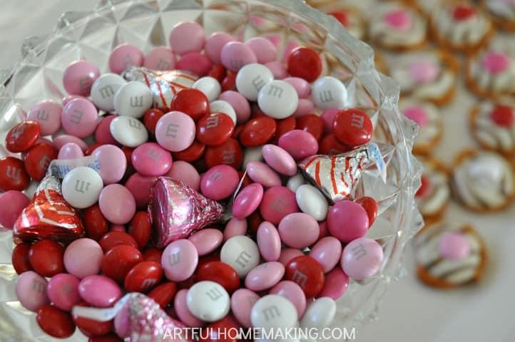 Valentine's Pretzel Treats
