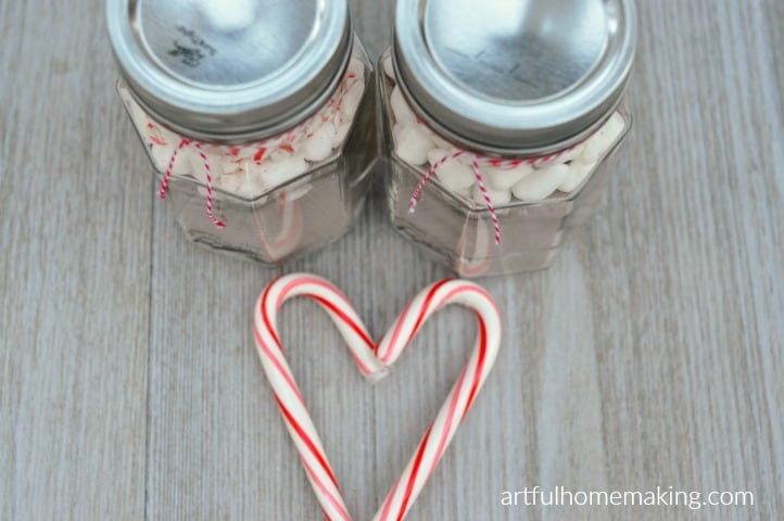 peppermint hot cocoa gift jars