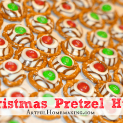 Christmas Pretzel Hugs