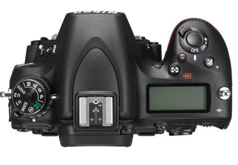 Nikon D750 Üst