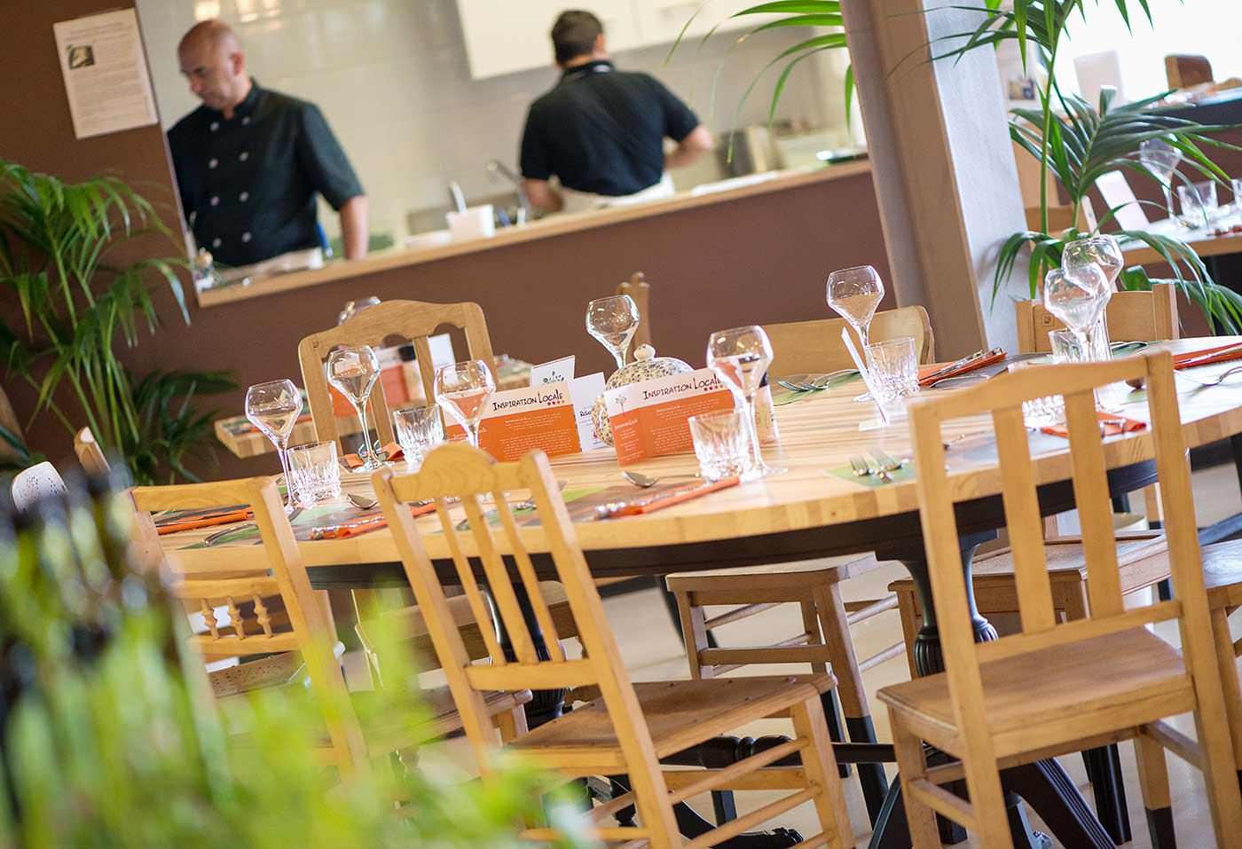 reportage photographique au restaurant inspiration locale : table