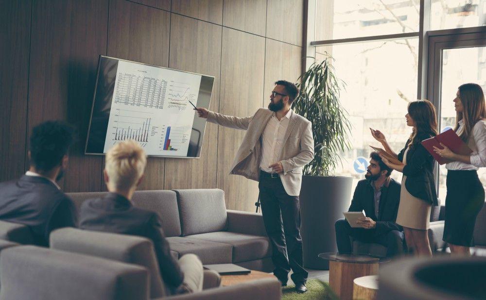 sales-management-strategy-lead-team-success