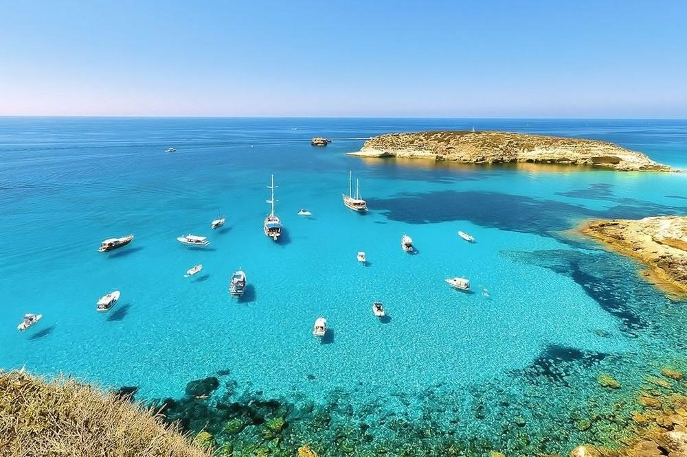 Boom di turismo a Lampedusa