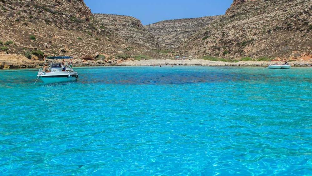 Il mare di Lampedusa: eterna suggestione