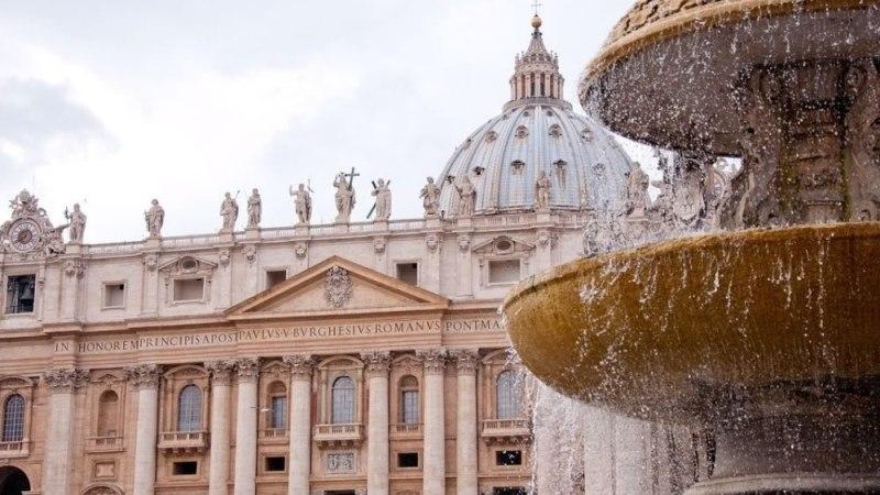"""Vaccino Covid """"moralmente accettabile""""per il Vaticano"""