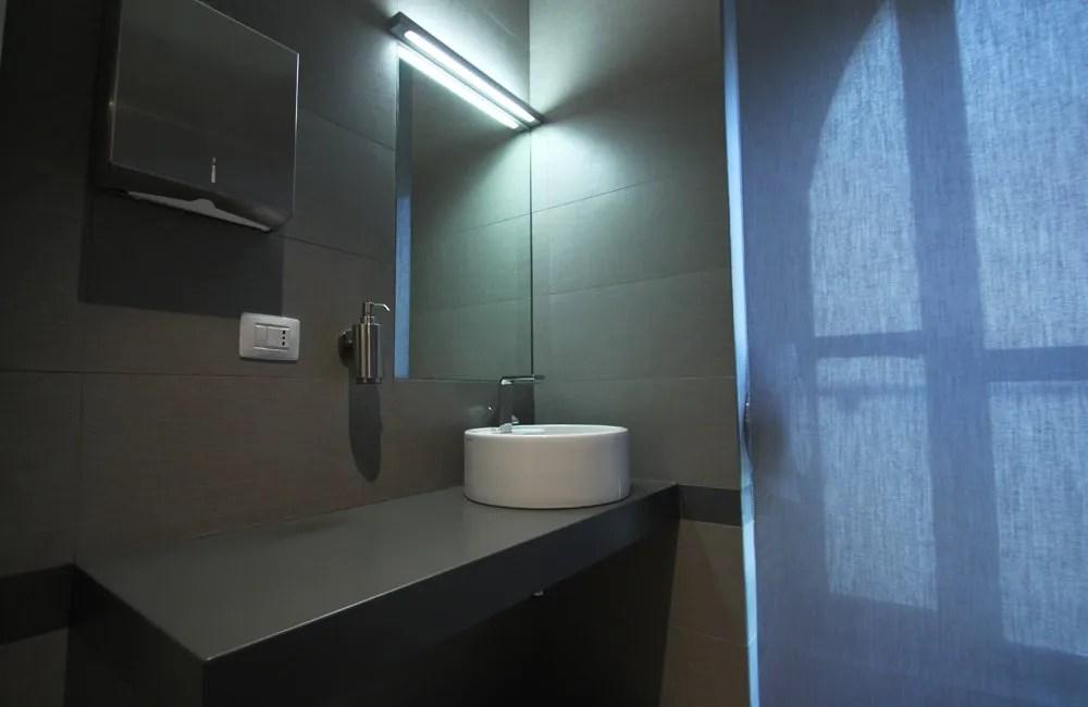Ristrutturazione Roma Uffici Towers Watson - bagni