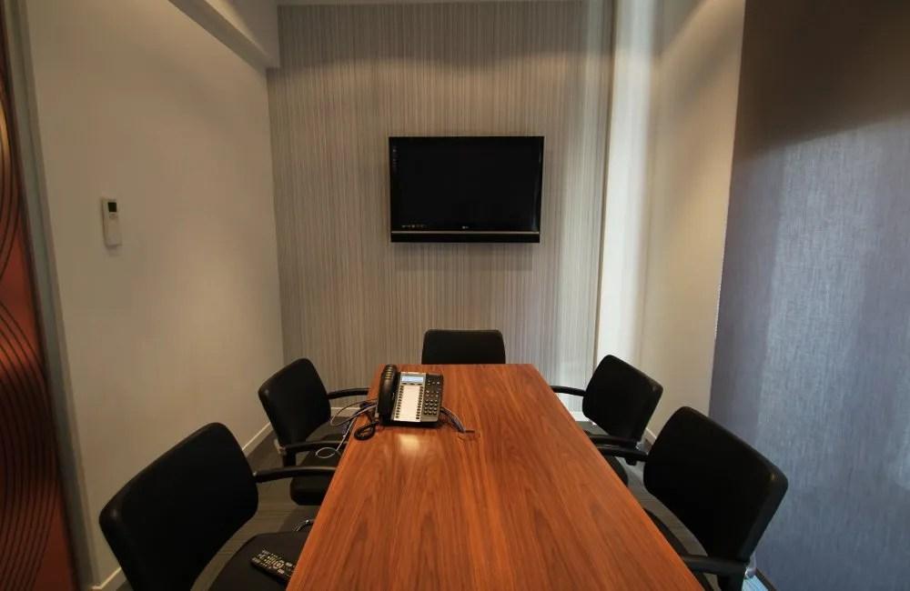 Ristrutturazione Uffici Roma - sala meeting Towers Watson