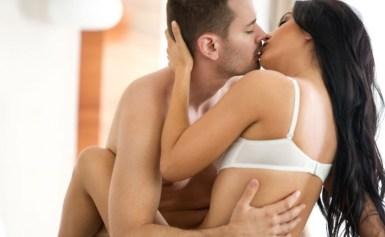 Biar Hubungan Makin Mesra, Coba 10 Posisi Seks yang Bikin Cewek Ketagihan!