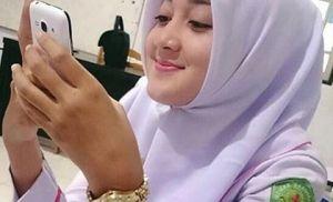 Cerita Seks Gadis SMA Berjilbab