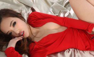 Sekretaris Perawan Tak Berdaya Diperkosa Atasan