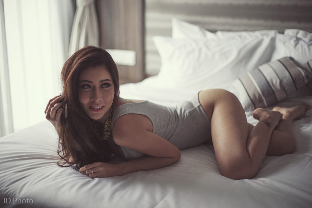 melody-low-nude